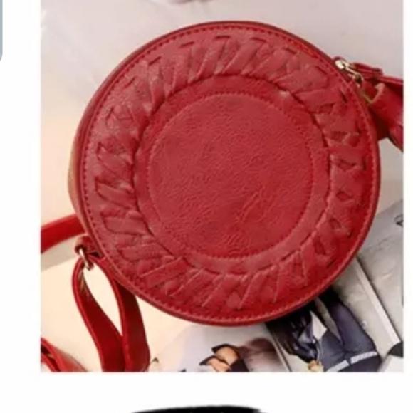 Handbags - Braided Tassel Round Purse